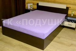 Купить фиолетовую махровую простынь на резинке в Санкт-Петербурге